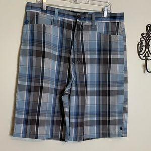 Billibong Flat Front Blue Plaid Shorts Sz 34
